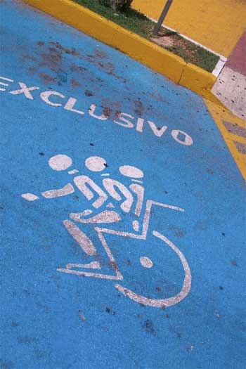 aparcamiento-exclusivo.jpg