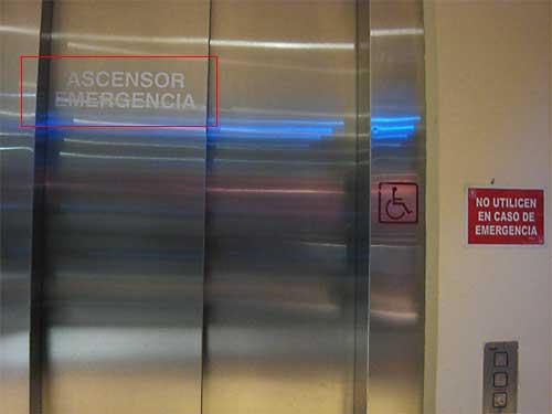 Ascensor emergencia que no se puede utilizar en caso de emergencia