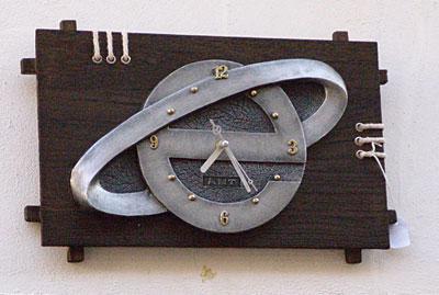 Reloj de madera Explorer / by Jack192